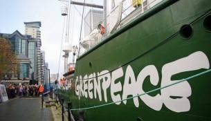 Greenpeace Tanker © Glyn Baker
