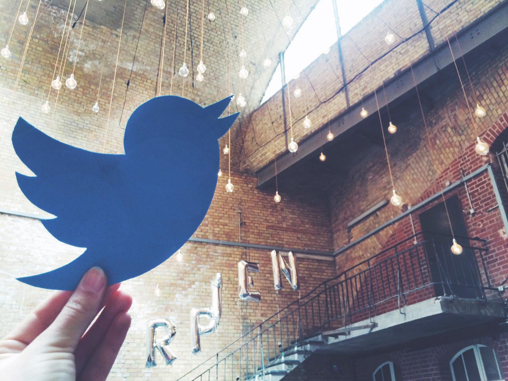 Mark Little, Vice President of Media für Europa & Afrika bei Twitter, spricht auf der #rpTEN über die Besonderheit des Storytelling auf Twitter