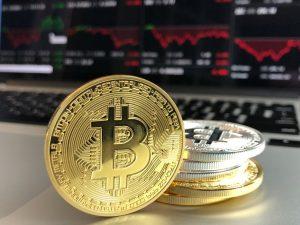 Blockchain im Tourismus - Blockchain wird besonders häufig mit Bitcoins in Verbindung gebracht.